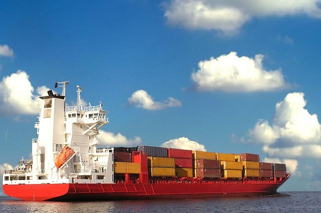 レンタルサーバーなど8月に考えておきたいこと 貿易摩擦など世界情勢には要注意